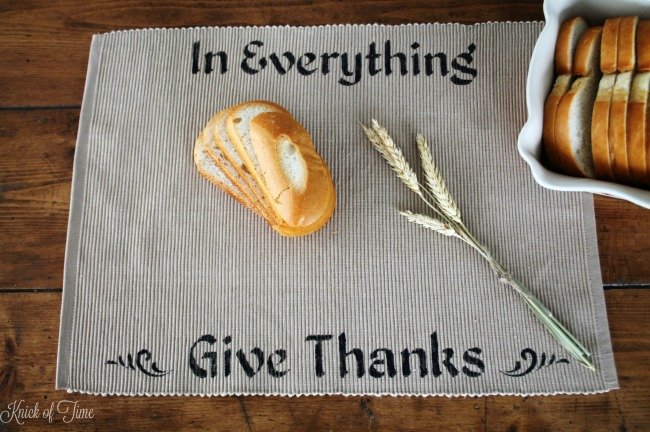 Thanksgiving placemats you can make in under 10 minutes! - www.knickoftime.net