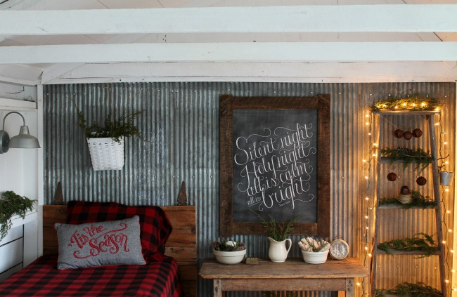 Rustic Woodland Christmas Guest House Tour - www.knickoftime.net