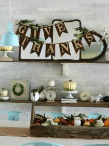DIY Thanksgiving Bunting Banner featured at Talk of the Town - www.knickoftime.net