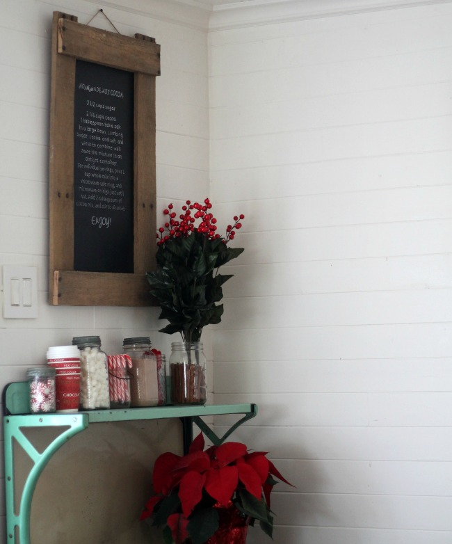 Warm up this winter with a hot cocoa bar and and easy to make hot chocolate recipe displayed on a DIY rustic chalkboard - www.knickoftime.net
