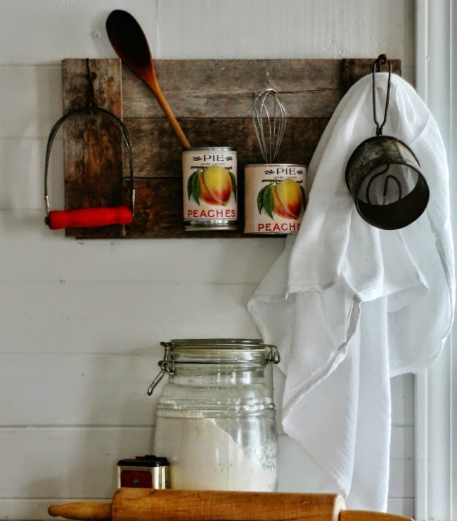 Tin Cans Pallet Wood Kitchen Organizer | Turn Old Junk into Fabulous Farmhouse Decor | www.knickoftime.net