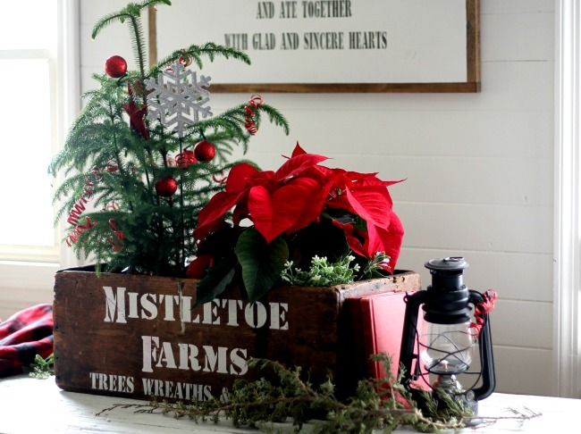 mistletoe christmas crate made with knick of times vintage sign christmas stencil wwwknickoftime - Mistletoe Christmas
