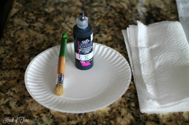 How to Make Easy Stenciled Farmhouse Flour Sack Towels   www.knickoftime.net