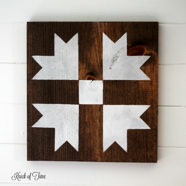 How to Make Farmhouse Barn Quilt Block Wall Hangings with Knick of Time's Vintage Sign Stencils | www.knickoftime.net