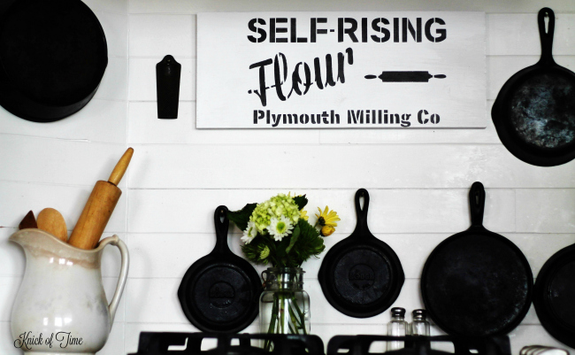 Farmhouse kitchen decorating with a handmade sign using Knick of Time Self Rising Flour Vintage Sign Stencils | www.knickoftime.net