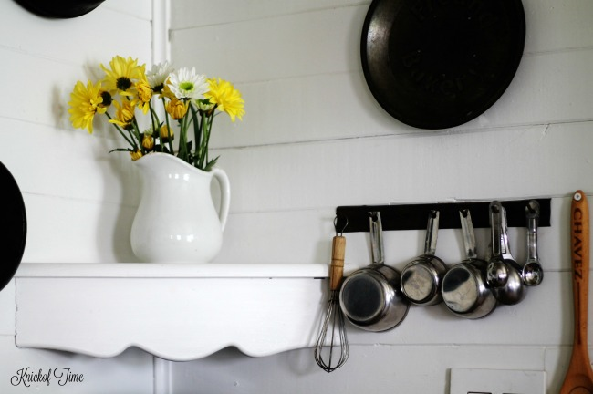 Farmhouse kitchen decor with spring flower bouquet in ironstone pitcher | www.knickoftime.net