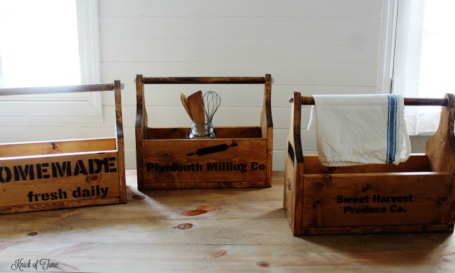Handmade bespoke farmhouse wooden totes with Knick of Time Vintage Sign Stencils | knickoftime.net