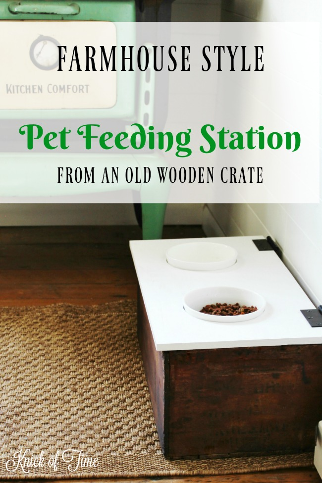 DIY Wooden Crate Pet Feeding Station for the farmhouse kitchen | www.knickoftime.net