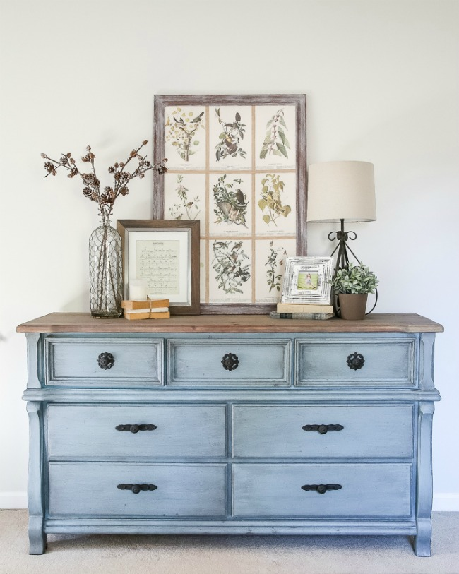 French blue dresser makeover by Bless'er House featured at Talk of the Town www.knickoftime.net