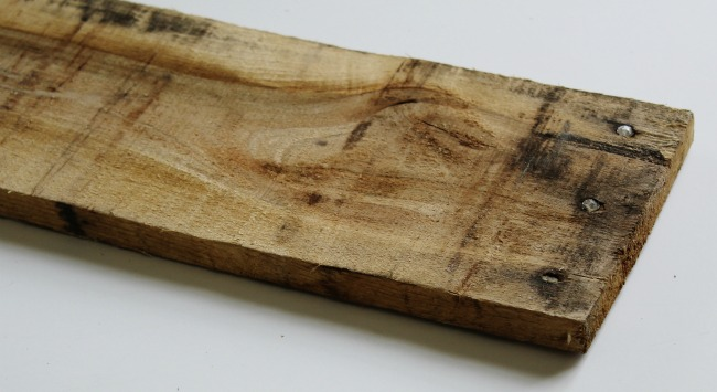 Pallet wood for rustic antique style handled wooden crate | www.knickoftime.net
