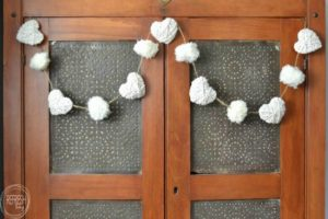 neutral farmhouse valentines decorations featured at Talk of the Town | www.knickoftime.net