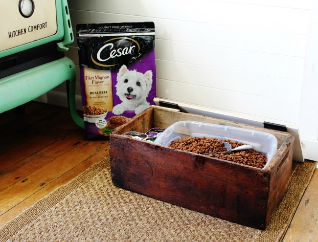 Turn an old wood crate into a pet feeding station with dog food storage Cesar @walmart | www.knickoftime.net #ad #DineWithCesar #TreatWithCesar