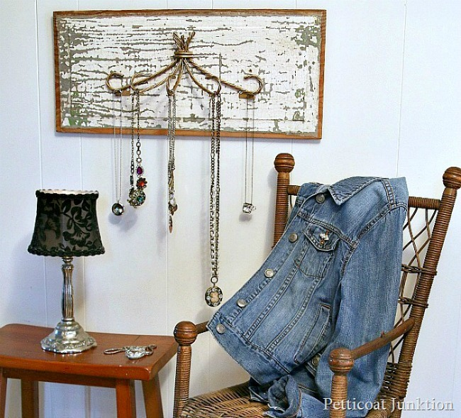 Repurposed Jewelry Organizer by Petticoat Junktion featured at Talk of the Town www.knickoftime.net
