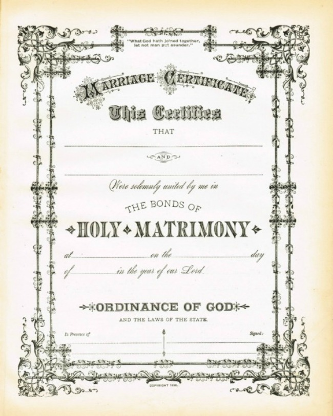 This free printable antique certificate of marriage would make a beautiful framed wedding gift | www.knickoftime.net