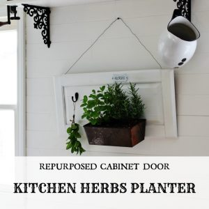 Kitchen Herb Garden Planter | Turn an old cabinet door into a farmhouse style kitchen herbs planter | Vintage bread pan herb drying rack | www.knickoftime.net