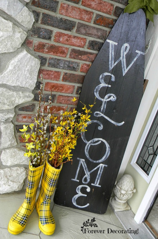 spring front porch decor |