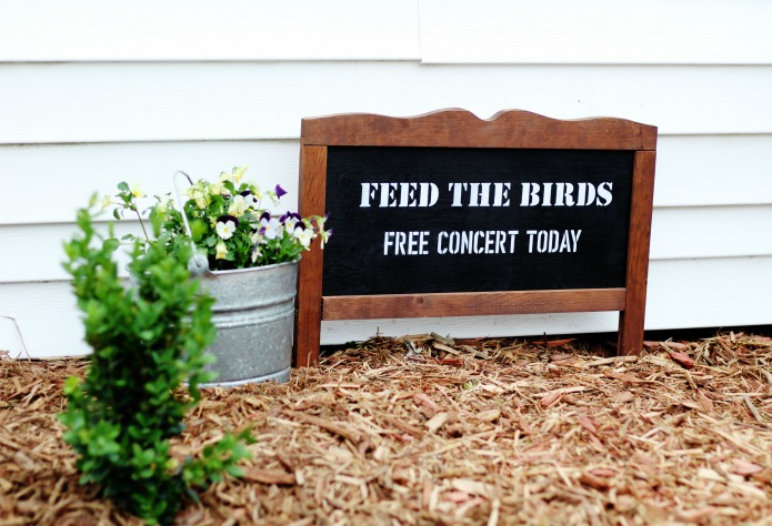 "How to make a chalkboard style ""feed the birds"" easy garden sign with a no-build frame 