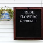 How to Paint a Window Screen  Fresh Flowers Sign  | Junk Garden Projects Series Part 1