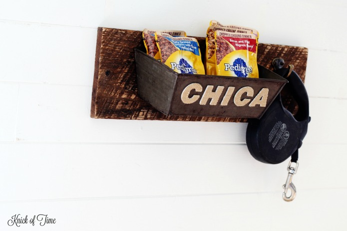 How to make a dog treats and supplies leash holder with customized pet name | www.knickoftime.net