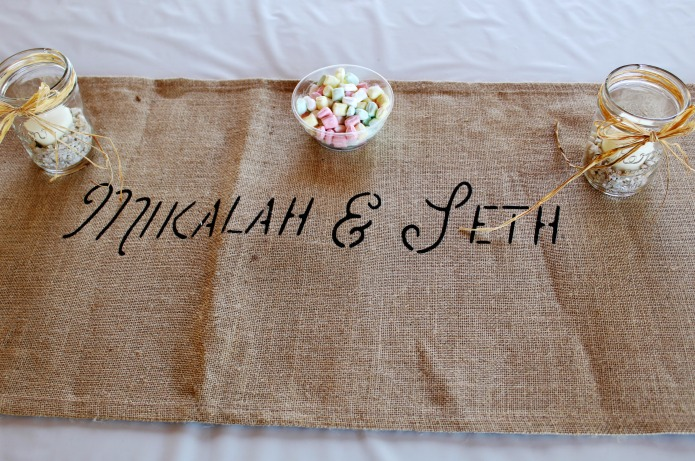 Wedding Bridal Table Burlap Table Runner | www.knickoftime.net