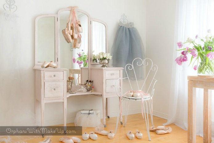 Ballerina pink vanity makeover featured at Talk of the Town at Knick of Time
