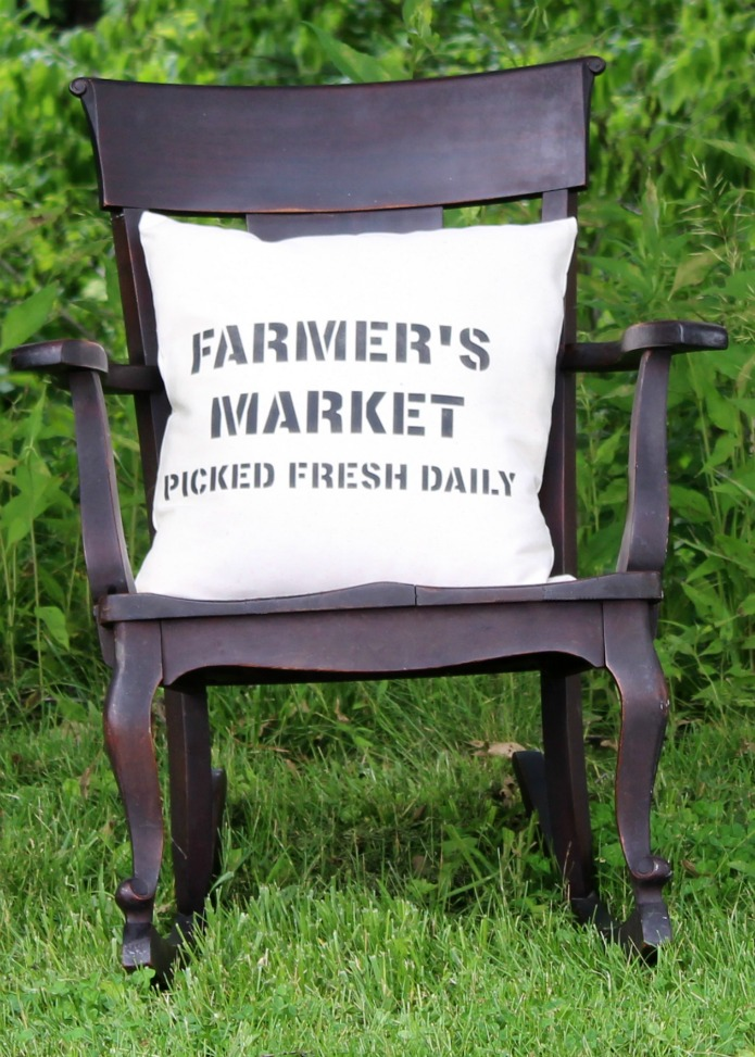 How to make a FARMER'S MARKET canvas pillow using Knick of Time's Vintage Sign Stencils | www.knickoftime.net