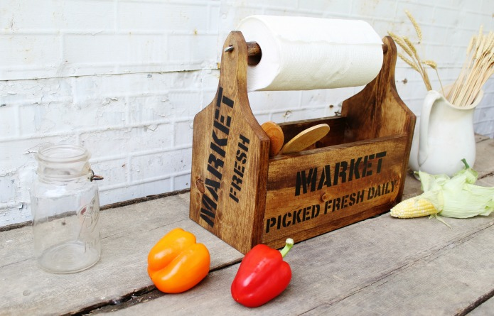 Farmer's Market Farmhouse Style Decor DIY wooden kitchen storage tote made with Knick of Time's Vintage Sign Stencils | www.knickoftime.net