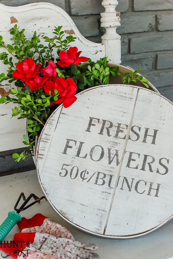 Think outside the box Add some farmhouse style to an old cheese box with the Fresh Flowers stencil from Knick of Time's Vintage Sign Stencils. See how at Hunt & Host | http://www.huntandhost.net