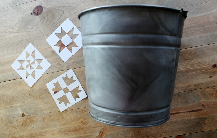 How to Make a Galvanized Patriotic Barn Quilt Beverage Cooler | www.knickoftime.net