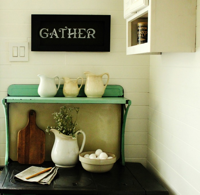 How to Make a Farmhouse Style Repurposed Cabinet Door Gather Sign  | www.knickoftime.net
