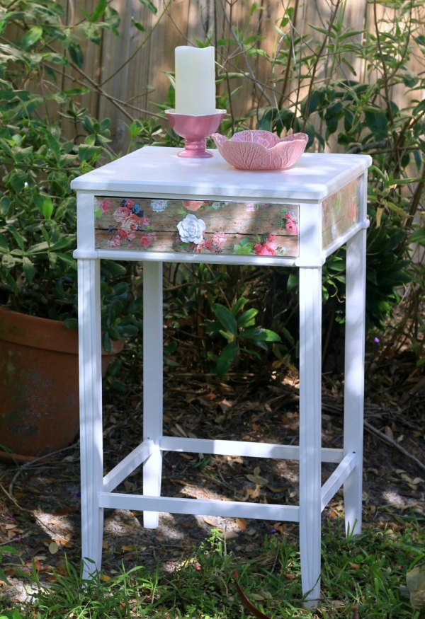 Modge Podge Garden Table Makeover