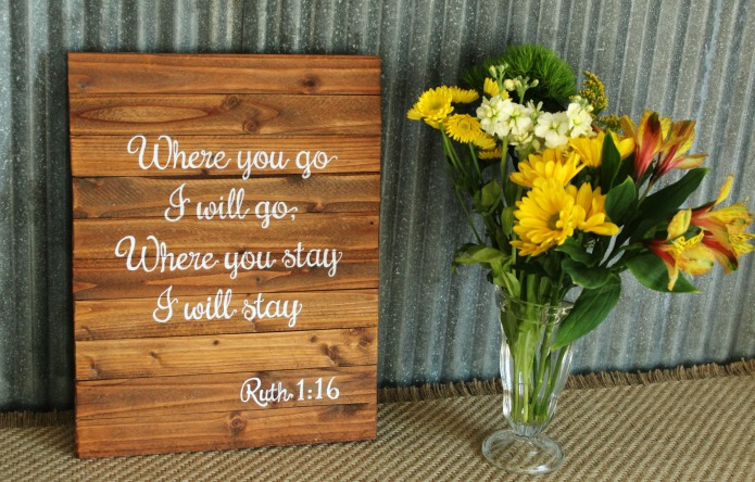 How to make a small DIY pallet sign | www.knickoftime.net