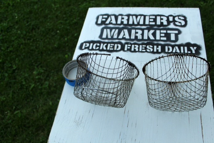 How to make Salvaged Wood Farmer's Market Kitchen Fruit Baskets | www.knickoftime.net