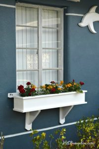 how to make a window box featured a Talk of the Town | www.knickoftime.net