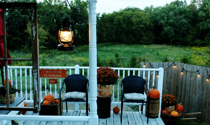 Fall Pumpkin Patch Porch | www.knickoftime.net