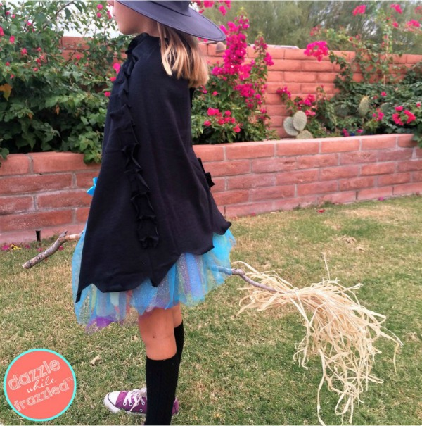 DIY Halloween Witches Cape by Dazzle While Frazzled