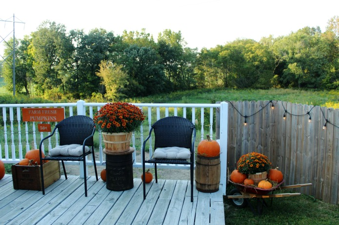Fall Pumpkin Patch Porch & a DIY Sign with Knick of Time's Vintage Sign Stencils | www.knickoftime.net