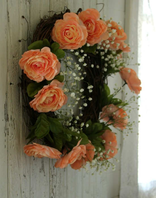 DIY Faux Flowers Baby's Breath Grapevine Wreath for Wedding Decor | www.knickoftime.net