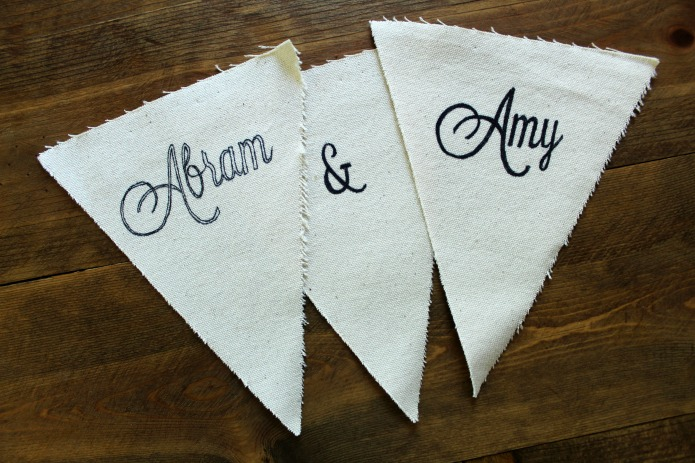 How to make canvas pennant banners with a Sharpie | www.knickoftime.net