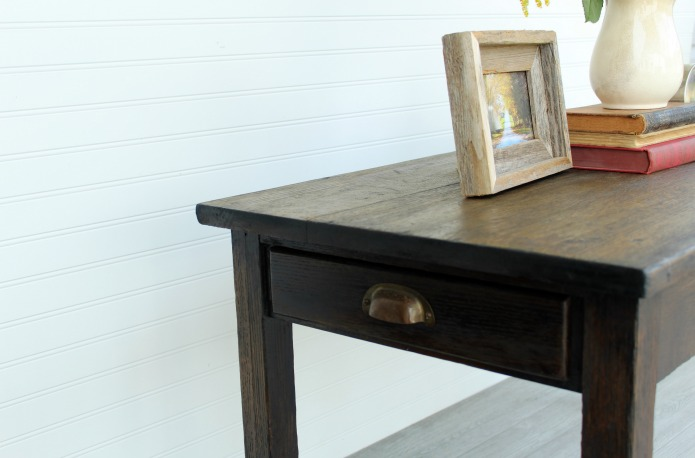 Refinishing an Antique Coffee Table | www.knickoftime.net