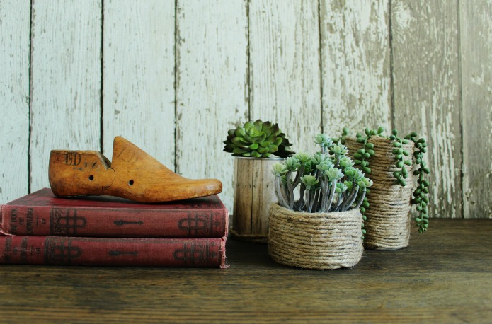 Sisal wrapped tin cans can be used for planters or storage containers | www.knickoftime,net
