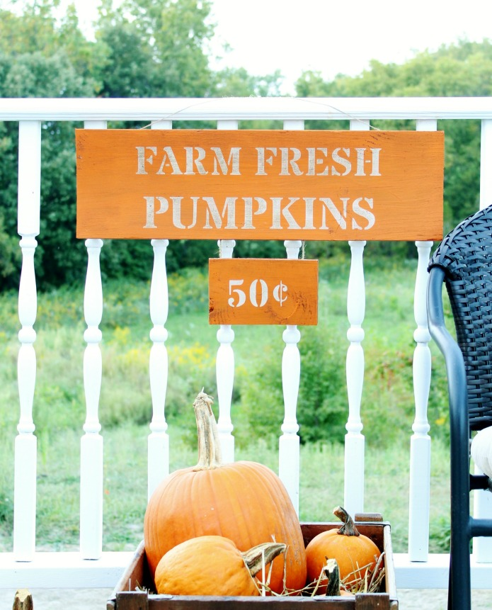 Fall Pumpkin Patch DIY Sign made with Knick of Time's Vintage Sign Stencils | www.knickoftime.net