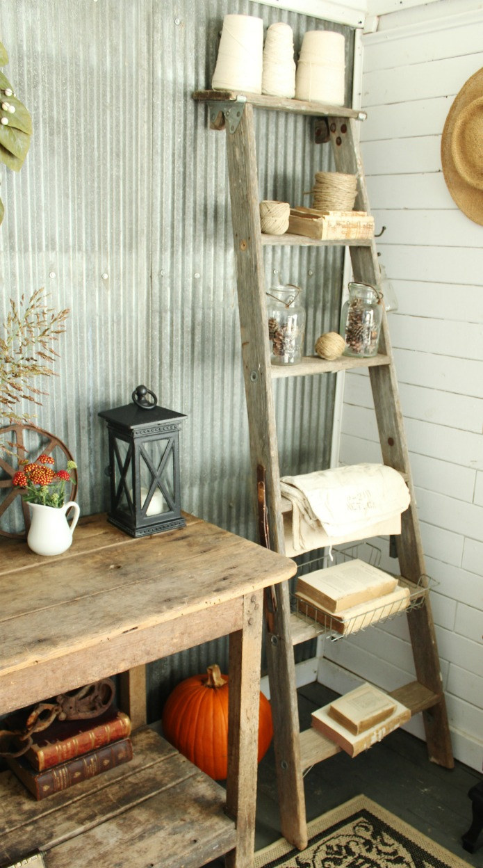 Repurposed Ladder Shelves in a Farmhouse Guest Room | www.knickoftime.net