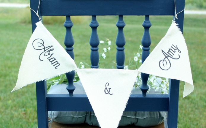 DIY canvas wedding pennant banners | www.knickoftime.net