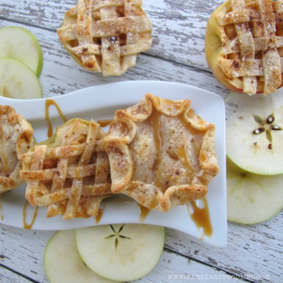 Easy Apple Pie Bites at Lolly Jane