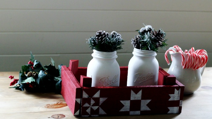A Quilt Block Stenciled Farmhouse Christmas Centerpiece with Vintage Sign Stencils by Knick of Time | www.knickoftime.net