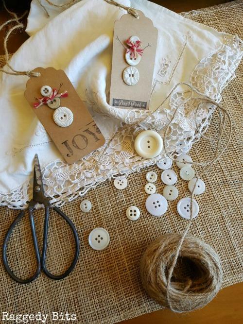 Vintage Button Snowman Christmas Tags