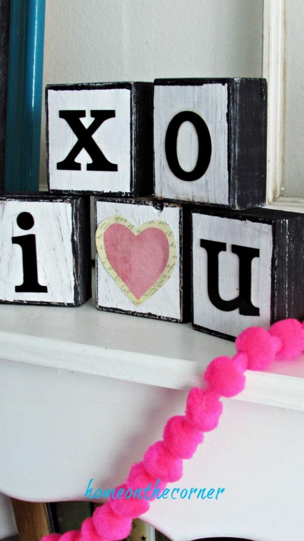 VALENTINE'S DAY 'I LOVE YOU' WOODEN BLOCKS