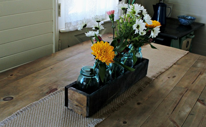 Rustic Wood Crate Mason Jar Centerpiece for Spring | www.knickoftime.net