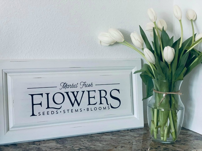 Fresh Flowers DIY Sign on a Chalk Couture Reclaimed Drawer Front